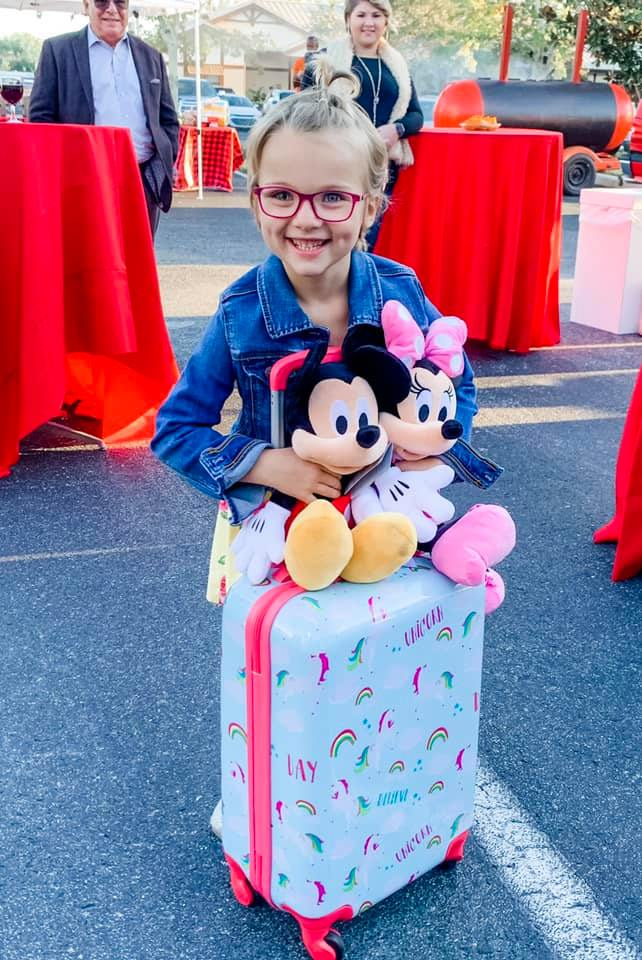 Kinsley with Mickey and Minnie Mouse